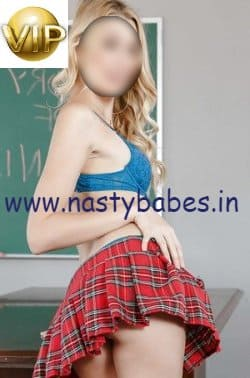 delhi housewife escort